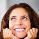 Repita afirmações positivas para atrair felicidade
