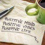 7 exercícios para treinar o seu cérebro para manter o pensamento positivo